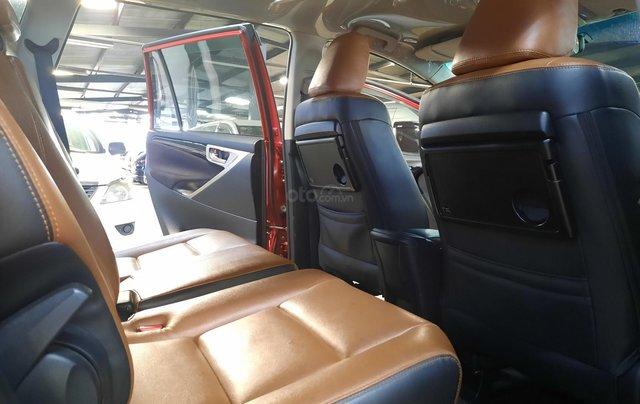 Bán Toyota Innova Venturer đời 2018, màu đỏ, xe gia đình sử dụng đi 38.115 km, đã check hãng, quý khách yên tâm sử dụng7