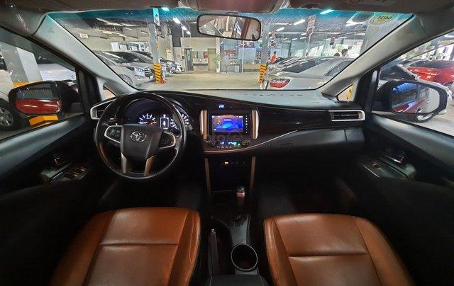 Bán Toyota Innova Venturer đời 2018, màu đỏ, xe gia đình sử dụng đi 38.115 km, đã check hãng, quý khách yên tâm sử dụng9
