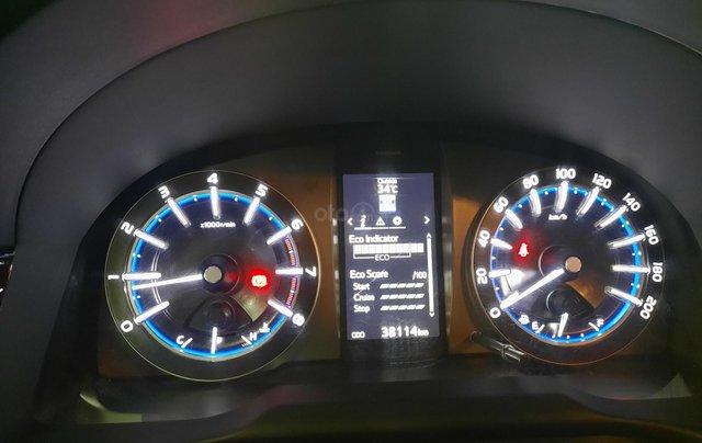 Bán Toyota Innova Venturer đời 2018, màu đỏ, xe gia đình sử dụng đi 38.115 km, đã check hãng, quý khách yên tâm sử dụng10