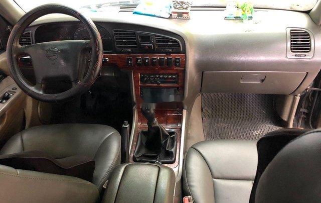 Cần bán xe Ssangyong Musso năm 2001, màu đen 7