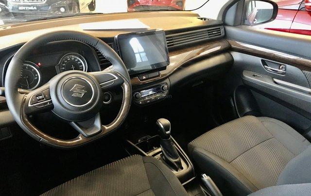 Suzuki Ertiga khuyến mãi lên tới 42 tr/xe đủ màu giao ngay5