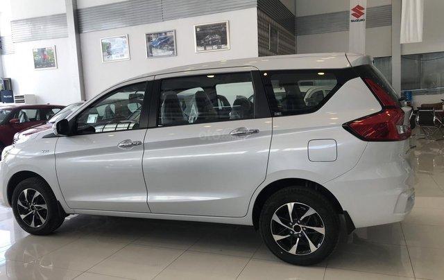 Suzuki Ertiga khuyến mãi lên tới 42 tr/xe đủ màu giao ngay6