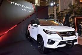Cần bán xe Toyota Fortuner 2.7V năm sản xuất 2020, màu trắng1