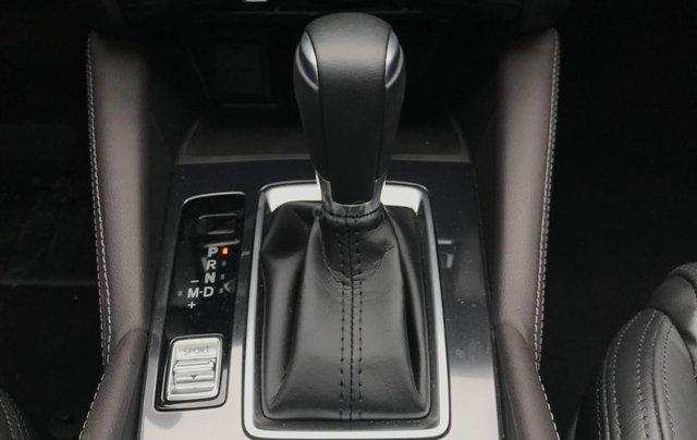 Mazda 6 2.5 Premium 2019 màu đỏ nồng cháy4