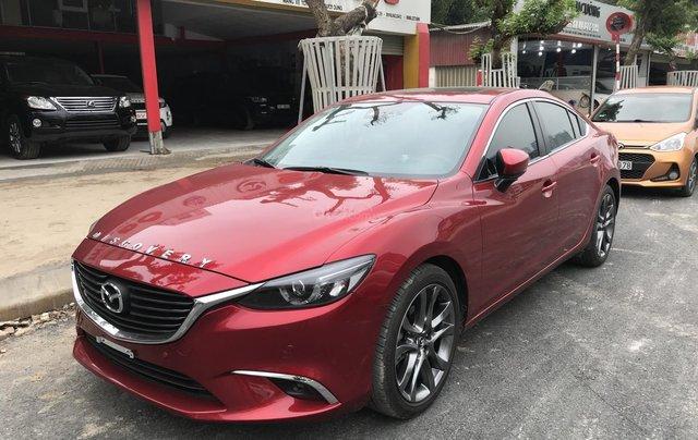 Mazda 6 2.5 Premium 2019 màu đỏ nồng cháy0