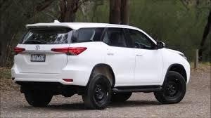 Cần bán xe Toyota Fortuner 2.7V năm sản xuất 2020, màu trắng4