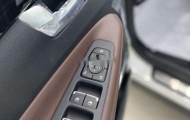 Bán Hyundai Santa Fe đời 2020, màu trắng8