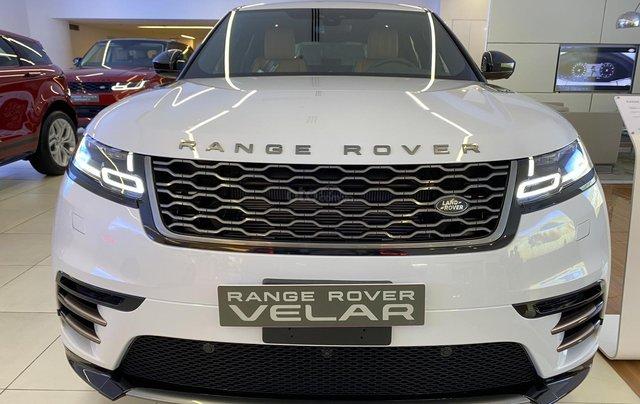 Bán xe Range Rover Velar nhập khẩu chính hãng màu trắng, mới 2020, giá tốt nhất. Xe sẵn, nhiều màu lựa chọn, giao ngay0