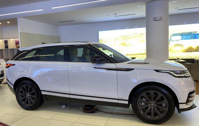 Bán xe Range Rover Velar nhập khẩu chính hãng màu trắng, mới 2020, giá tốt nhất. Xe sẵn, nhiều màu lựa chọn, giao ngay2