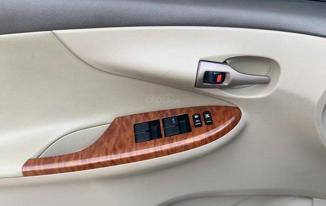 Toyota Altis 1.8AT đời 2010 màu bạc xuất sắc, giá êm3