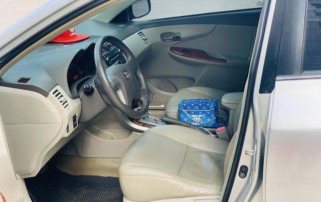 Toyota Altis 1.8AT đời 2010 màu bạc xuất sắc, giá êm4