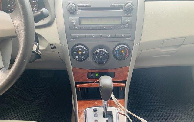 Toyota Altis 1.8AT đời 2010 màu bạc xuất sắc, giá êm7