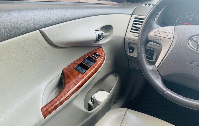 Toyota Altis 1.8AT đời 2010 màu bạc xuất sắc, giá êm8