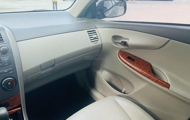 Toyota Altis 1.8AT đời 2010 màu bạc xuất sắc, giá êm9