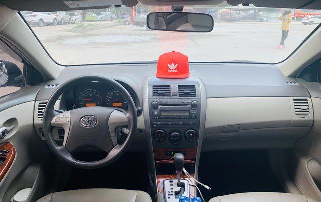 Toyota Altis 1.8AT đời 2010 màu bạc xuất sắc, giá êm10