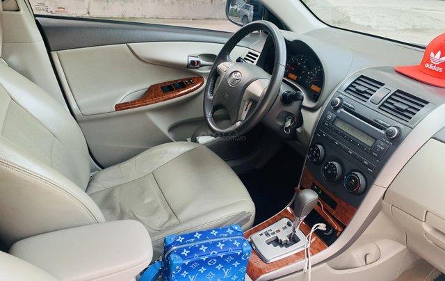 Toyota Altis 1.8AT đời 2010 màu bạc xuất sắc, giá êm11