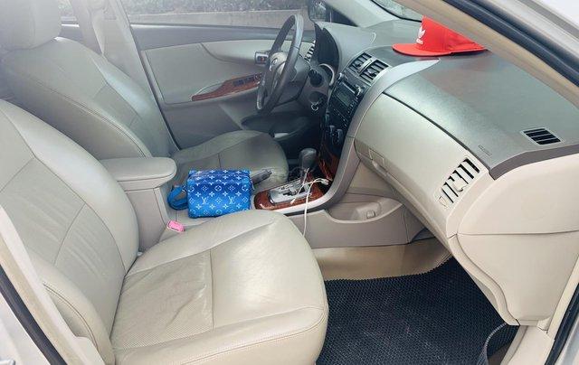 Toyota Altis 1.8AT đời 2010 màu bạc xuất sắc, giá êm12