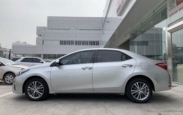 Cần bán xe Toyota Corolla Altis 1.8G CVT 2015 màu bạc đi 69.000km, BS. TpHCM - Xe chất giá tốt chính hãng3