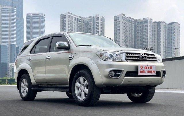 Toyota Fortuner 2.7V 20112