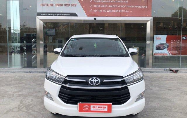 Cần bán xe Toyota Innova 2.0E MT 2018 màu trắng, công ty đi 47.000km - xe chất giá tốt chính hãng0
