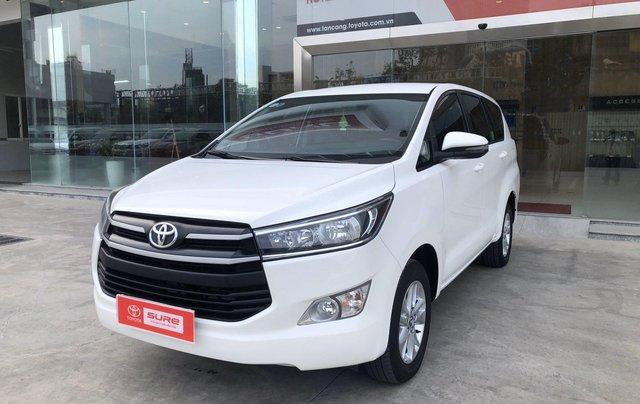 Cần bán xe Toyota Innova 2.0E MT 2018 màu trắng, công ty đi 47.000km - xe chất giá tốt chính hãng2