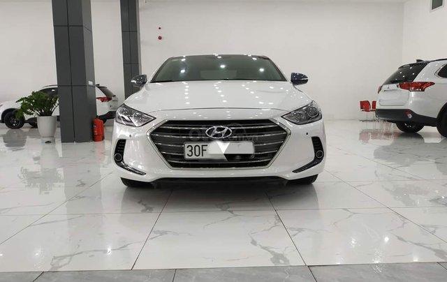 Elantra 2.0AT màu trắng 2018 Odo 1v8 bán tại chính hãng Hyundai Phạm Văn Đồng0