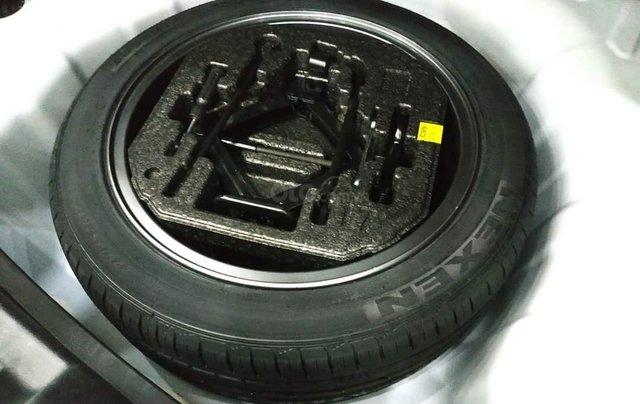 Elantra 2.0AT màu trắng 2018 Odo 1v8 bán tại chính hãng Hyundai Phạm Văn Đồng7