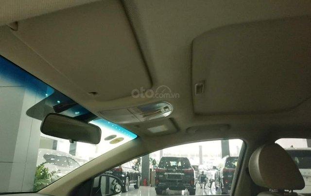 Elantra 2.0AT màu trắng 2018 Odo 1v8 bán tại chính hãng Hyundai Phạm Văn Đồng8