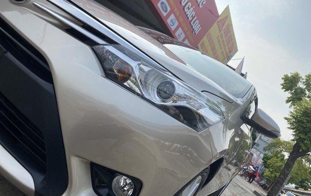 Chính chủ bán Toyota Vios G năm sản xuất 2016, số tự động, màu vàng ghi, xe còn rất mới, giá tốt2
