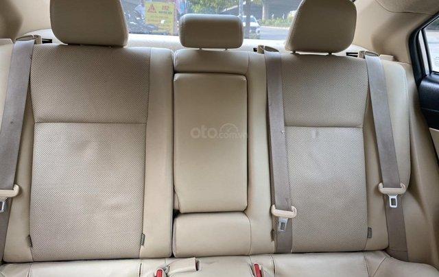 Chính chủ bán Toyota Vios G năm sản xuất 2016, số tự động, màu vàng ghi, xe còn rất mới, giá tốt10