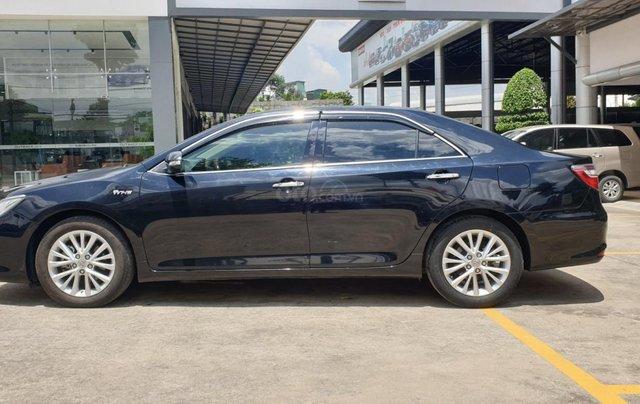 Bán Toyota Camry màu đen, xe gia đình sử dụng-Bán ra tại hãng - km giảm giá tiền mặt + tặng kèm phụ kiện chính hãng2