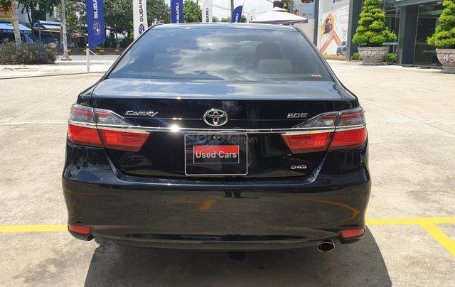 Bán Toyota Camry màu đen, xe gia đình sử dụng-Bán ra tại hãng - km giảm giá tiền mặt + tặng kèm phụ kiện chính hãng4