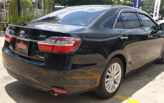 Bán Toyota Camry màu đen, xe gia đình sử dụng-Bán ra tại hãng - km giảm giá tiền mặt + tặng kèm phụ kiện chính hãng3