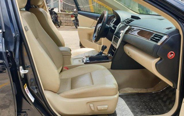Bán Toyota Camry màu đen, xe gia đình sử dụng-Bán ra tại hãng - km giảm giá tiền mặt + tặng kèm phụ kiện chính hãng5