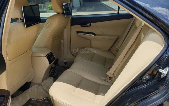 Bán Toyota Camry màu đen, xe gia đình sử dụng-Bán ra tại hãng - km giảm giá tiền mặt + tặng kèm phụ kiện chính hãng8