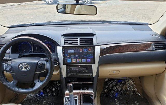 Bán Toyota Camry màu đen, xe gia đình sử dụng-Bán ra tại hãng - km giảm giá tiền mặt + tặng kèm phụ kiện chính hãng9