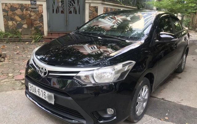 Bán Toyota Vios 2015 số sàn đẹp 300tr0