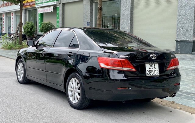 Bán ô tô Toyota Camry 2.0E Đài Loan sản xuất năm 2011, giá tốt2