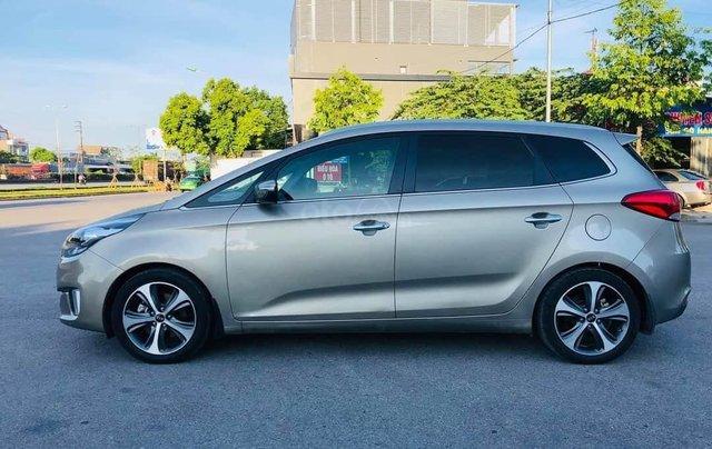 Bán ô tô Kia Rondo đời 2016 giá cạnh tranh0