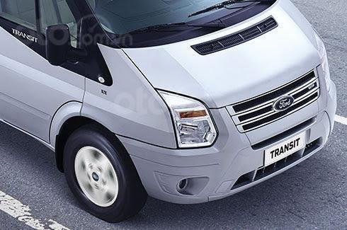 Bán xe 16 chỗ - Ford Transit đời 2020, màu bạc, số sàn0