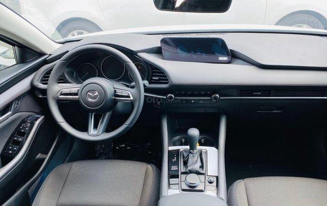 New Mazda 3 giá chỉ từ 669 trả trước 200 triệu - tặng BHVC, giảm 5% LPTB, tặng bộ phụ kiện cao cấp2
