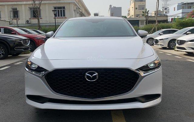 New Mazda 3 giá chỉ từ 669 trả trước 200 triệu - tặng BHVC, giảm 5% LPTB, tặng bộ phụ kiện cao cấp3