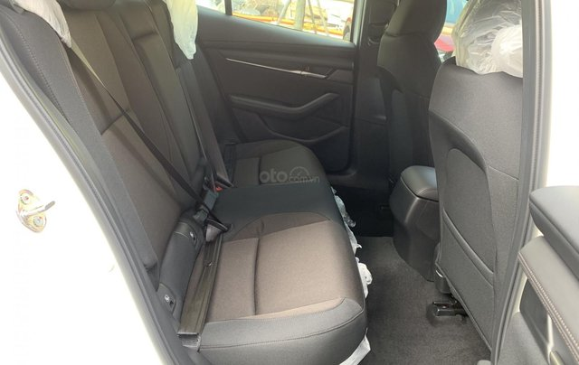 New Mazda 3 giá chỉ từ 669 trả trước 200 triệu - tặng BHVC, giảm 5% LPTB, tặng bộ phụ kiện cao cấp5