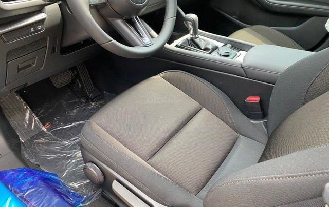 New Mazda 3 giá chỉ từ 669 trả trước 200 triệu - tặng BHVC, giảm 5% LPTB, tặng bộ phụ kiện cao cấp7