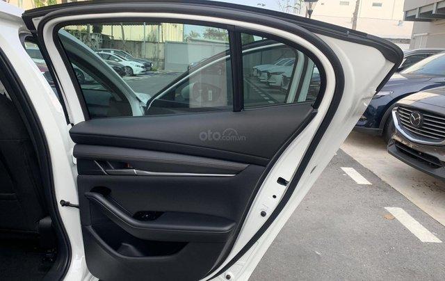 New Mazda 3 giá chỉ từ 669 trả trước 200 triệu - tặng BHVC, giảm 5% LPTB, tặng bộ phụ kiện cao cấp8