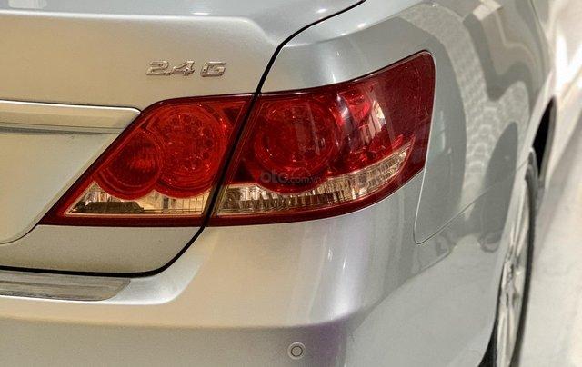 Toyota Camry 2.4 xe nguyên bản còn 95%3