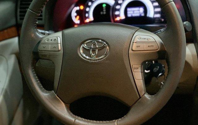 Toyota Camry 2.4 xe nguyên bản còn 95%9
