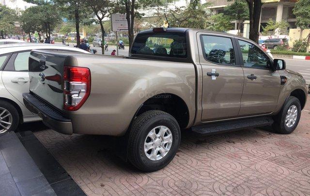 Ford Ranger XLS nhiều ưu đãi nhất VBB, giảm tiền mặt, tặng BHTV, và vô cùng nhiều quà tặng hấp dẫn5