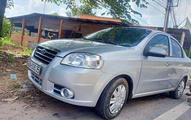 Cần bán lại xe Daewoo Gentra sản xuất năm 2009 còn mới4