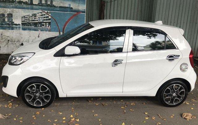 Bán Kia Picanto sản xuất năm 2014, màu trắng số tự động, bản đủ3